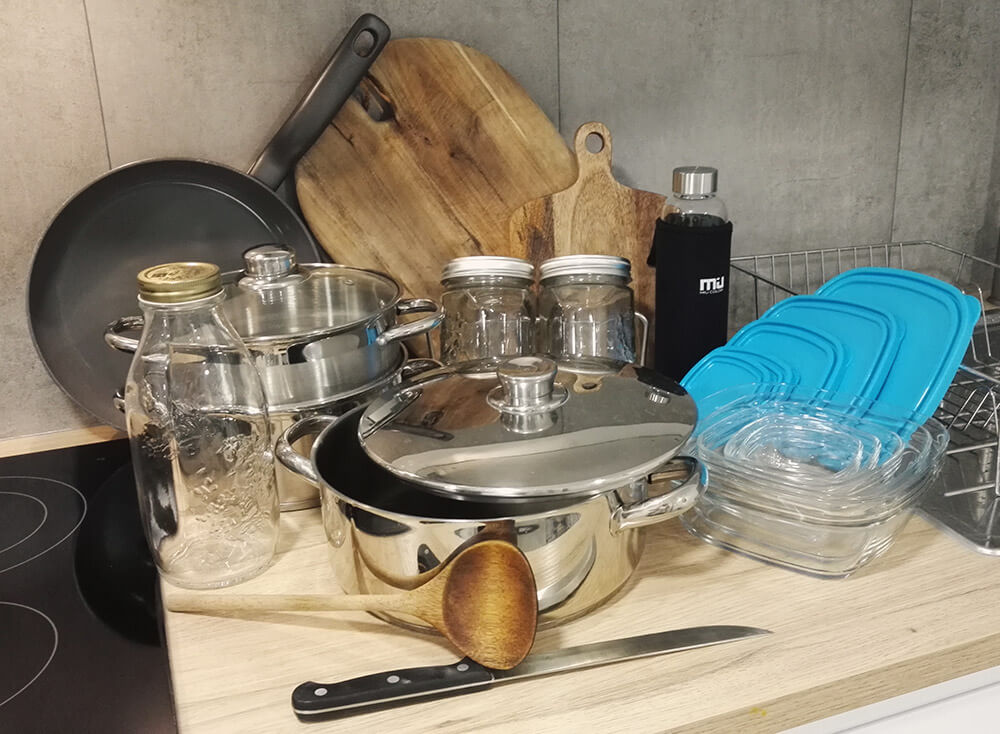 le bon mat riel pour bien cuisiner micka l cl ment. Black Bedroom Furniture Sets. Home Design Ideas